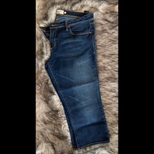 Women Abercrombie & Fitch cropped jeans